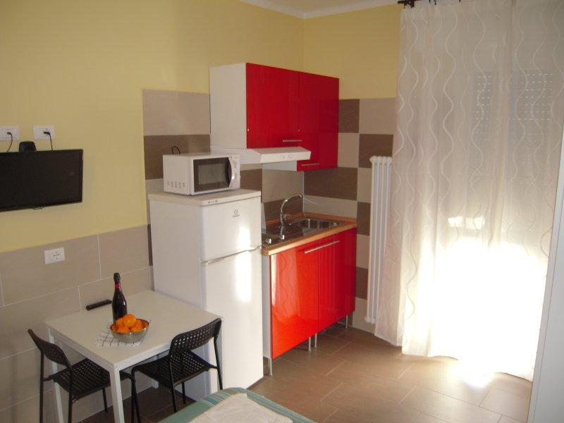 monolocale vicino al centro/studio near the center, holiday rental in Anzola dell'Emilia