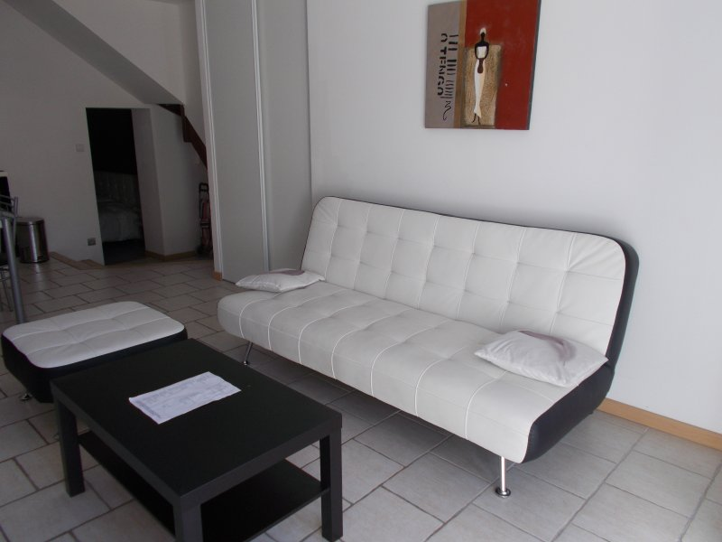 sala de estar (sofá oferece dormir adicional)