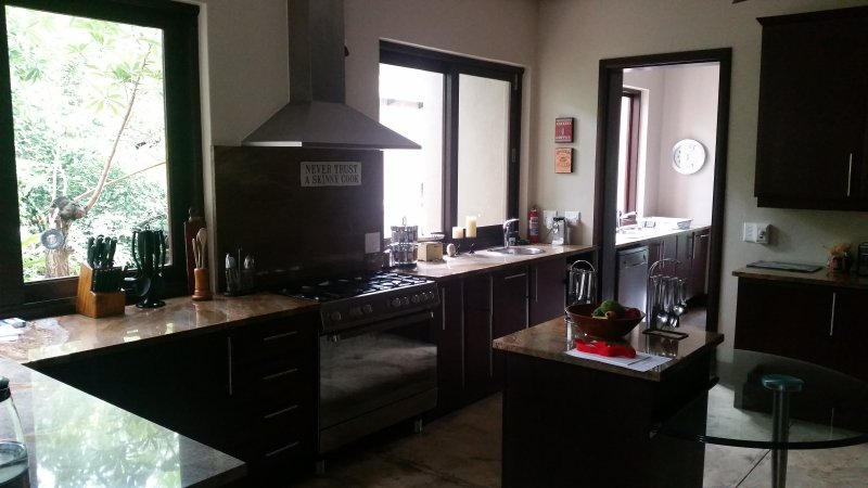 Kitchen with 5 - Star  cooking equipment
