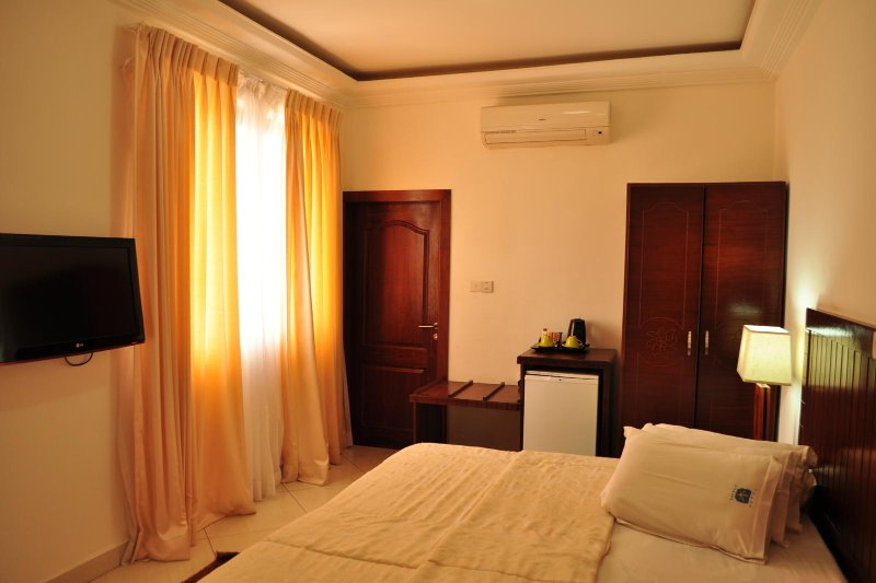 Raybow International Hotel, vacation rental in Sekondi-Takoradi