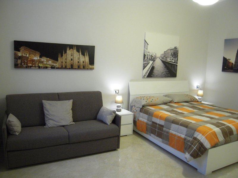 Delizioso Bilocale zona De Angeli Gambara, vacation rental in Novegro
