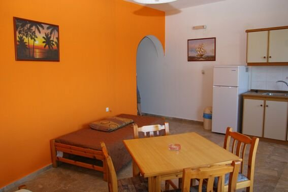 Spacy Ocean view 4persons apartment in Makrigialos, holiday rental in Analipsi