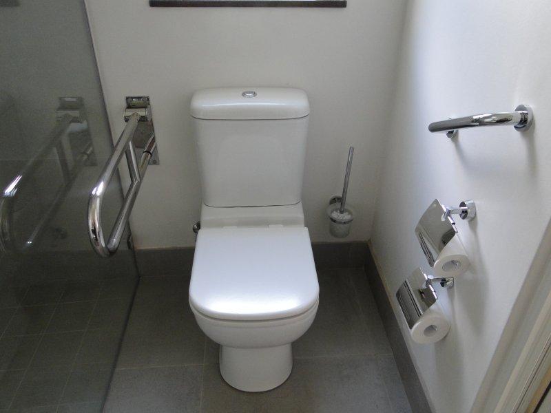 banheiro amigável pessoas com mobilidade condicionada