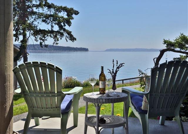 187 - Mutiny Bay Condo, *******, holiday rental in Freeland