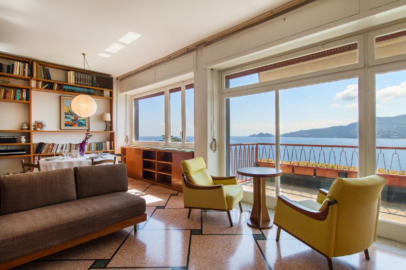 Dolce Acqua apartment with amazing view - WiFi, holiday rental in Rapallo