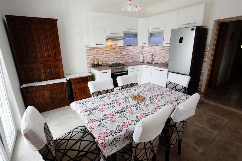 Apartment Marijo - A6+2, holiday rental in Mimice
