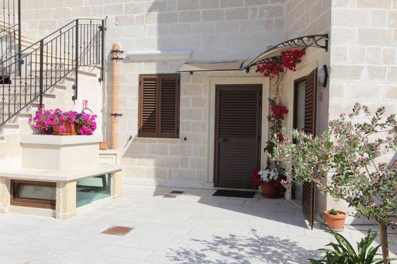 MANDARINO - RESIDENCE BORGO ANTICO, casa vacanza a Vignacastrisi