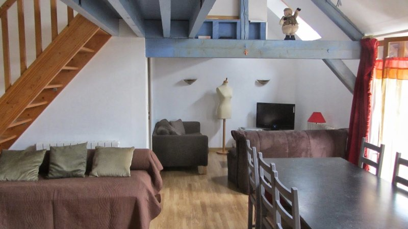 Val d'andé, apartment for 6-8 people