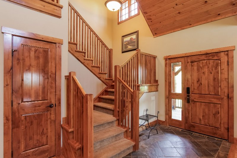 Staircase Chalet 18