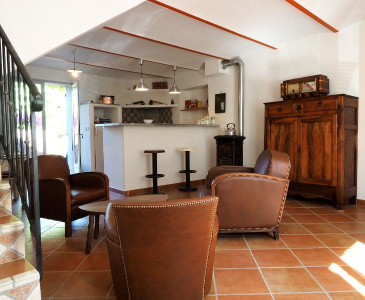 Le Café, vacation rental in Faucon