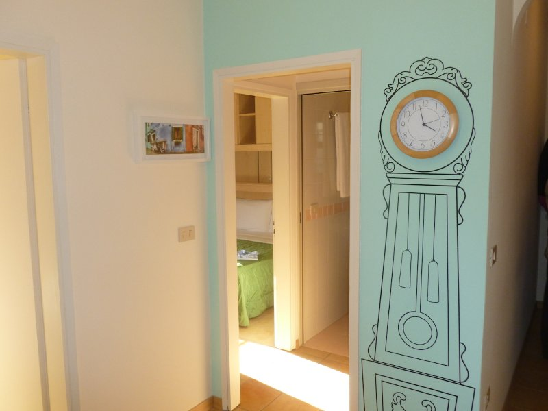 Beach Bungalow 10 on the sea, holiday rental in Cortellazzo