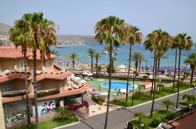 Compostela Beach (Family Garden) with Sea Views, holiday rental in Playa de las Americas