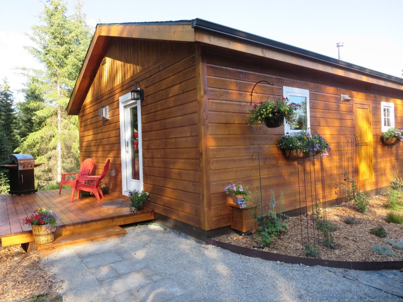 Adorable new Garden Cottage