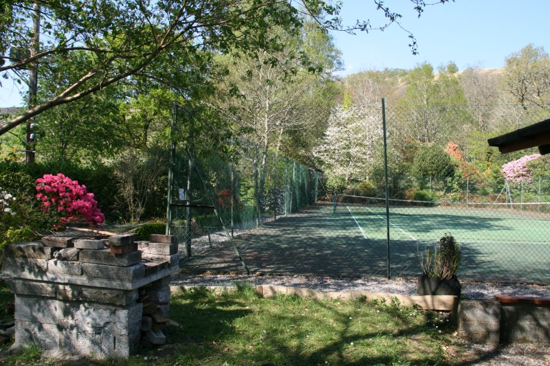 tennis court available free, on site
