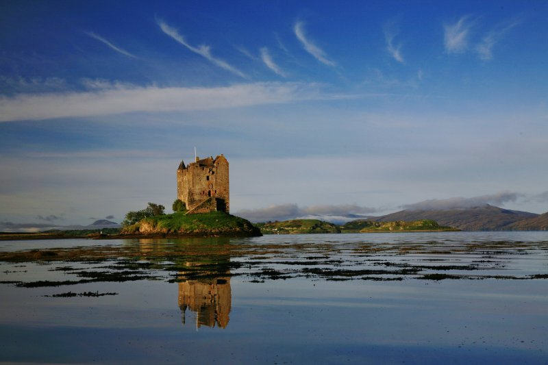Castle Stalker is 5 minutes away. ( photo taken by Hugh Edwards)