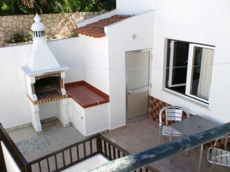 Casa Pinheiro I - AL 11328, holiday rental in Salema