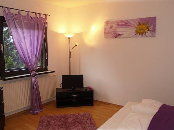 Violett Apartment, aluguéis de temporada em Hennigsdorf
