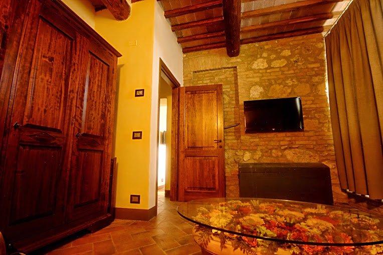 Sotto il sole della Toscana - Appartamento Puccini, Ferienwohnung in Sovicille