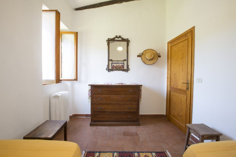 2 bed room with shared bath