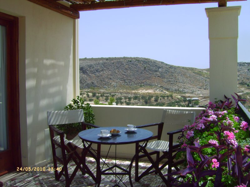 Luxury brand newly restored stone villa in Anopoli, vacation rental in Amoudara