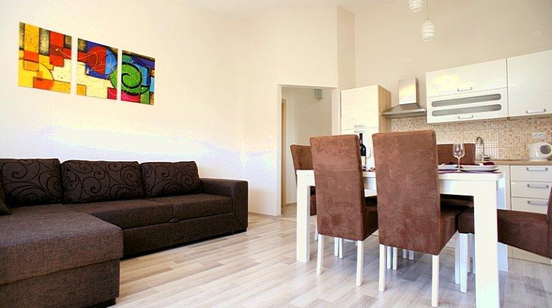 Argyruntum Apartments B4, alquiler vacacional en Starigrad-Paklenica