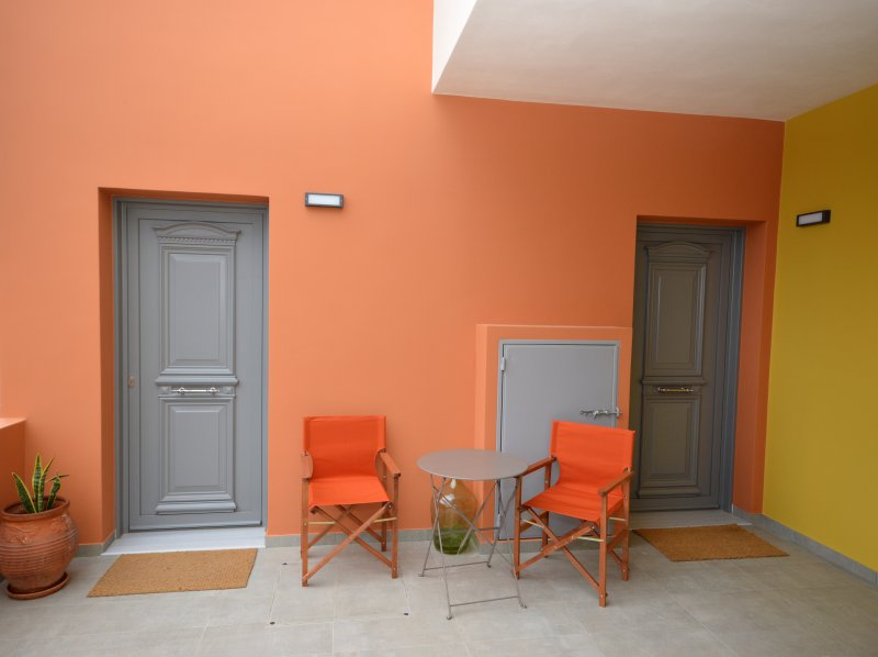 Aegina Bed and Culture-B&B Hotel Apartment 1 bedr, holiday rental in Aegina
