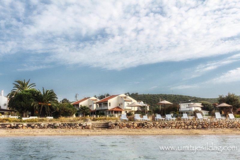 VILLA BANU  AT THE SEASIDE IN ILDIR - CESME, casa vacanza a Urla