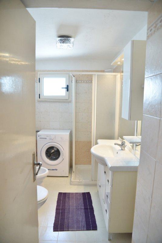 Bathroom with wc, bidet. shower, washbasin