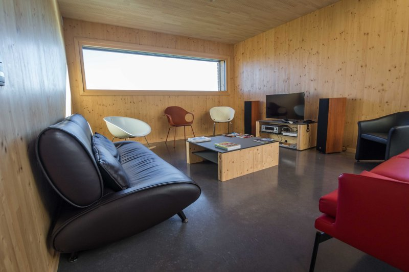 Lounge, TV and HIFI