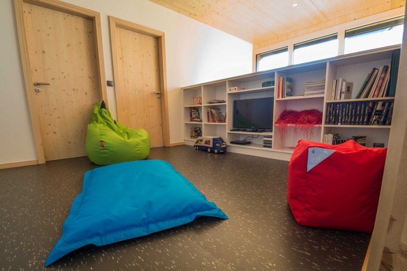 Mezzanine 2, TV DVD, Bean Bags, Bookcase and games