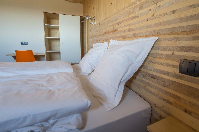 5 bedroom, bed 160x200