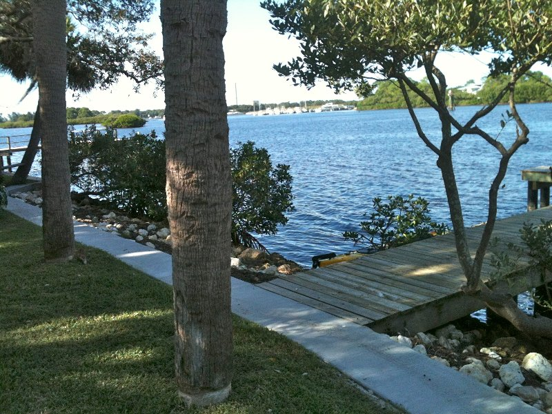 Quiet Waterfront Home, Gulf-access, holiday rental in Tarpon Springs