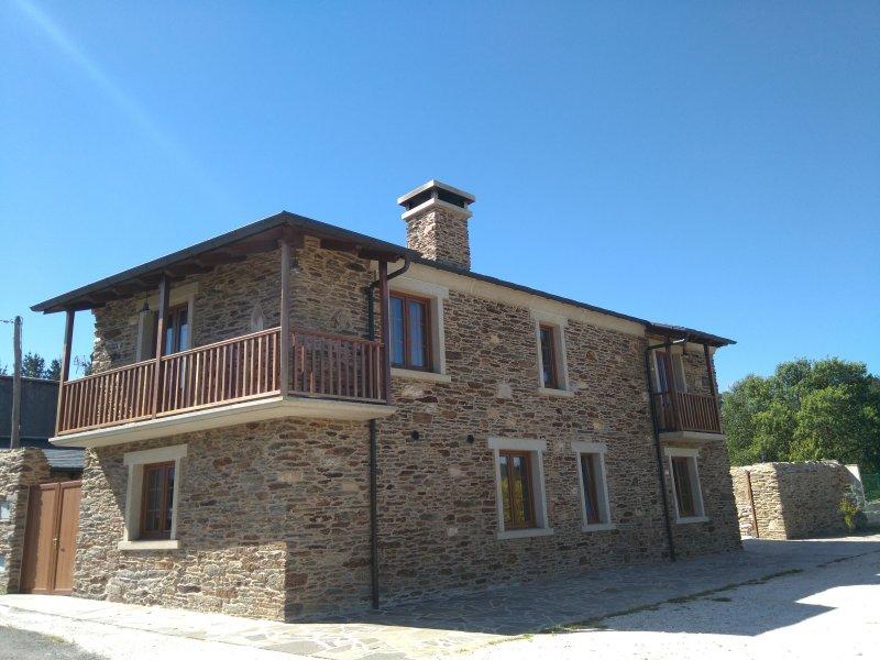 Casa rústica en Mañón, location de vacances à Manon