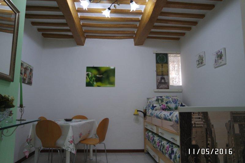 La casetta col terrazzino, vacation rental in Ponte d'Assi