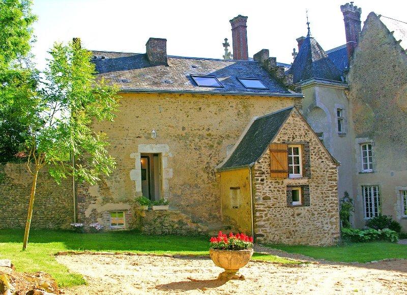 Le Cottage du Chateau Lilas(4pers), holiday rental in Saint-Jean-des-Echelles