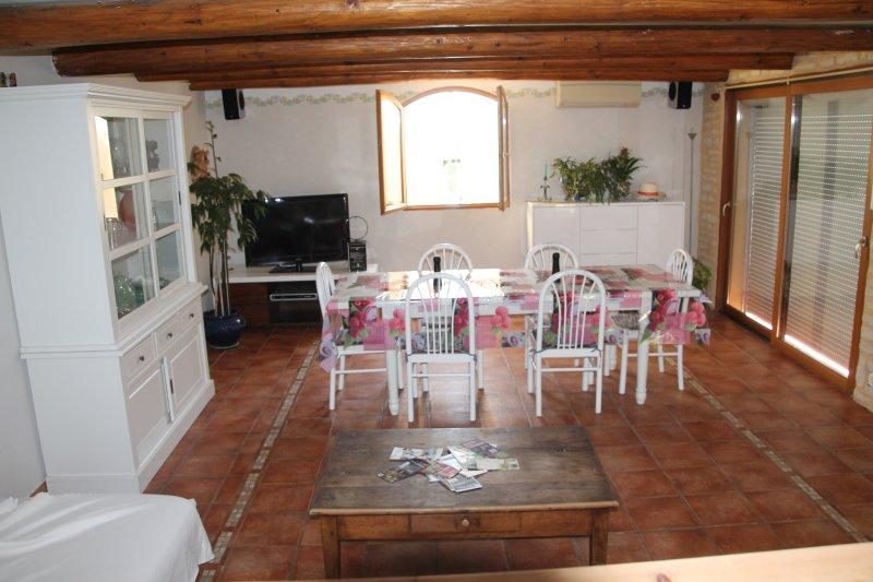 maison les oliviers, holiday rental in Villeneuve-les-Avignon