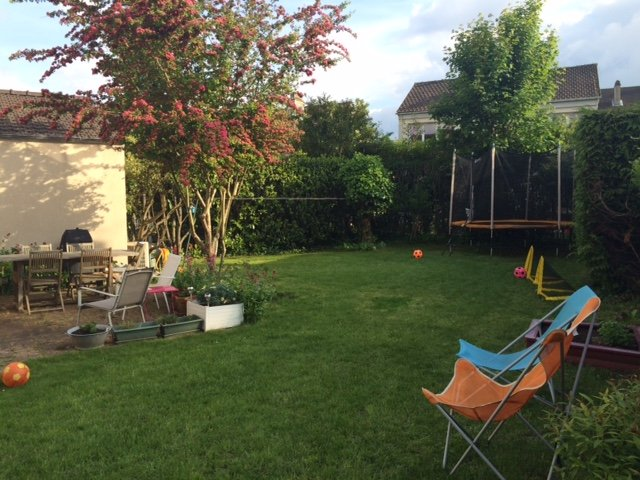 The private garden with trampoline