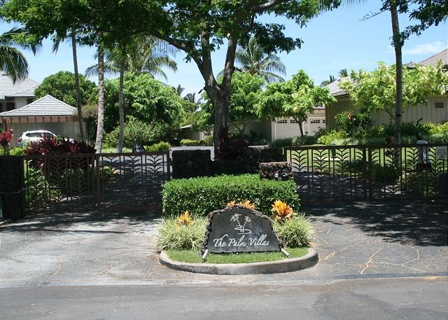 Entrance to Palm Villas