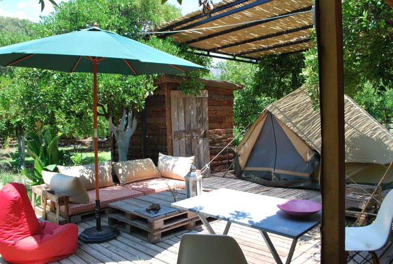 Campo Portakal Eco Glamping, The Bell tent, holiday rental in Beycik