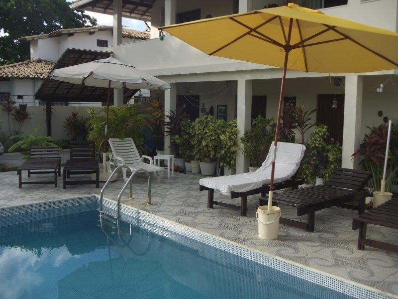 Am Pool der Villa Cactus