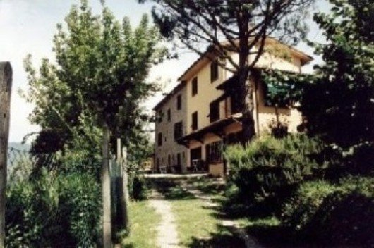 Casa Vacanza con piscina - Pescia-->> Vellano, vacation rental in Castelvecchio