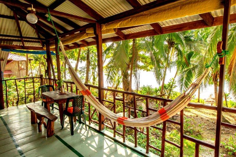 se prélasser ou dîner sur le balcon