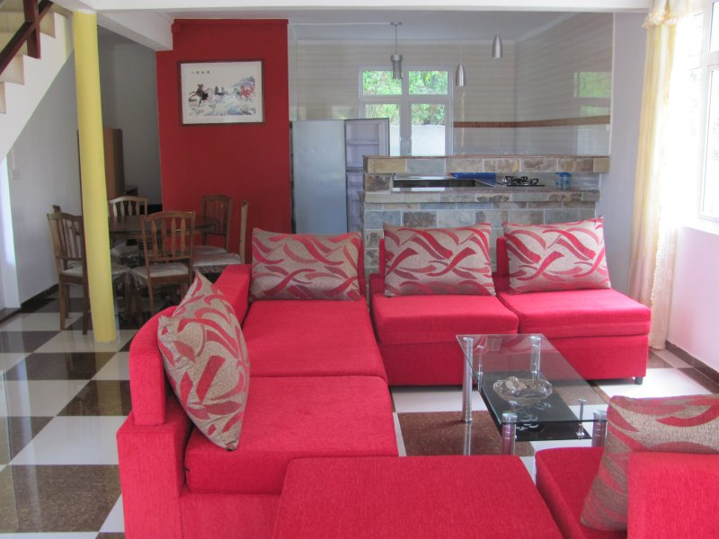 Spacious Three Bedroom Self Catering Apartment, casa vacanza a Riviere du Rempart