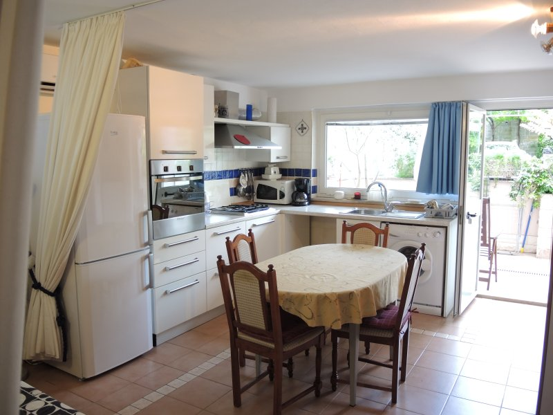 JK3 Brilliant One-Bedroom Apartment Portoroz, vacation rental in Dragonja