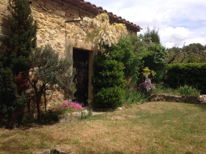 Un Jardin Secret A Lourmarin, holiday rental in Lourmarin