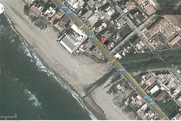Appartamenti in Villa a due passi dal mare, location de vacances à Torvaianica