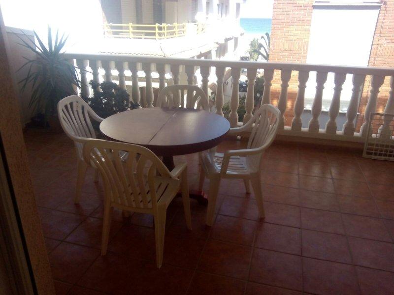 Apartamento 2 habitaciones en la playa de Moncófar. Segunda línea de playa., vacation rental in Almenara