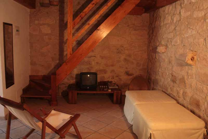 Ilice Holiday House - Casa Sole, holiday rental in Cimilla