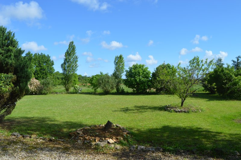 Le Quereau Family Holidays, vacation rental in Limalonges