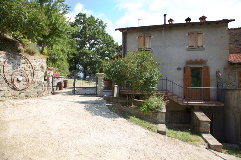 Farmhouse in the Tuscany countryside, holiday rental in Stia